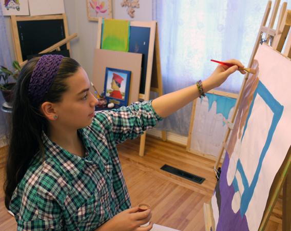 """Художественная школа """"BATIK 4 ART""""- Патрисия пишет натюрморт"""