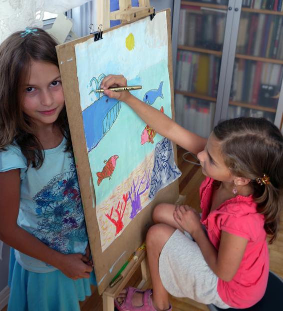 """Художественная школа """"BATIK 4 ART""""-Вика и Вероника"""